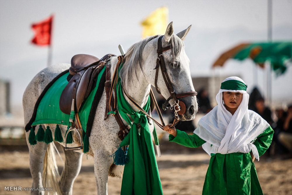 تصاویر تعزیه روز عاشورا در روستای چاه شرف