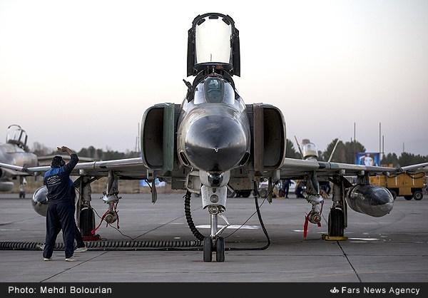 پرواز شبانه جنگنده های ارتش در رزمایش فدائیان حریم ولایت۶