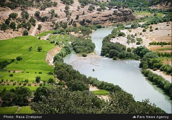 برداشت انار در روستای دورک اناری شهرکرد