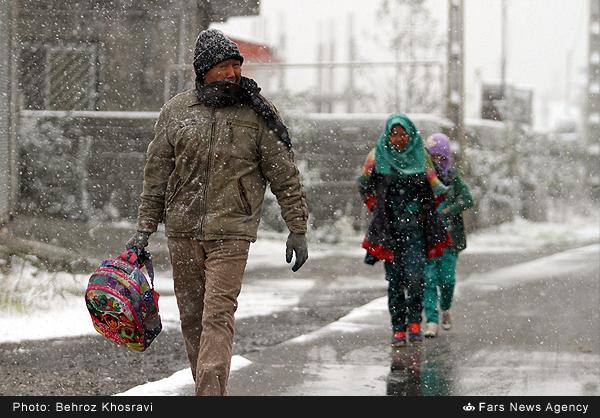 بارش برف پاییزی در آمل