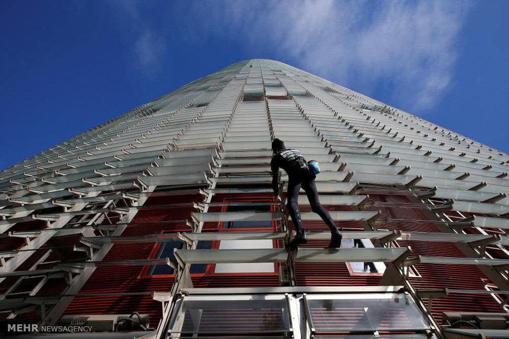 بالا رفتن از آسمان ۳۸ طبقه
