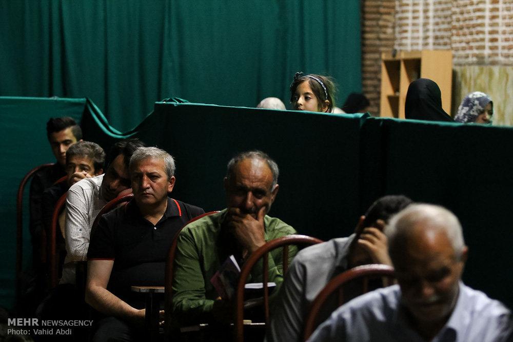 مراسم احیای شب نوزدهم ماه رمضان در امامزاده سید حمزه (ع)  تبریز