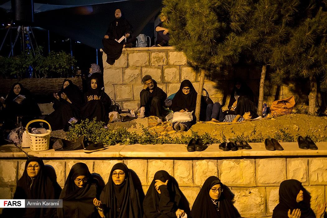 احیای شب بیست و یکم ماه رمضان در مقبره شهدای گمنام کوهسار