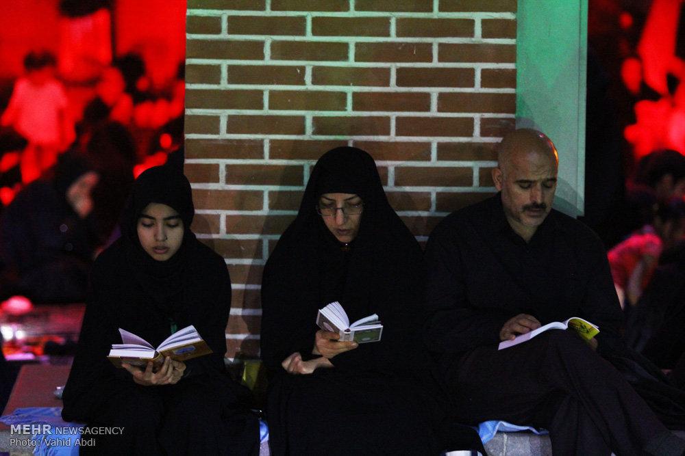 مراسم احیای شب بیست و یکم ماه رمضان در گلزا شهدای تبریز