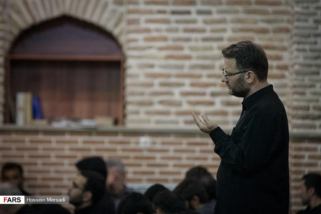 احیای شب بیست و یکم ماه رمضان در مسجد جامع بازار تهران
