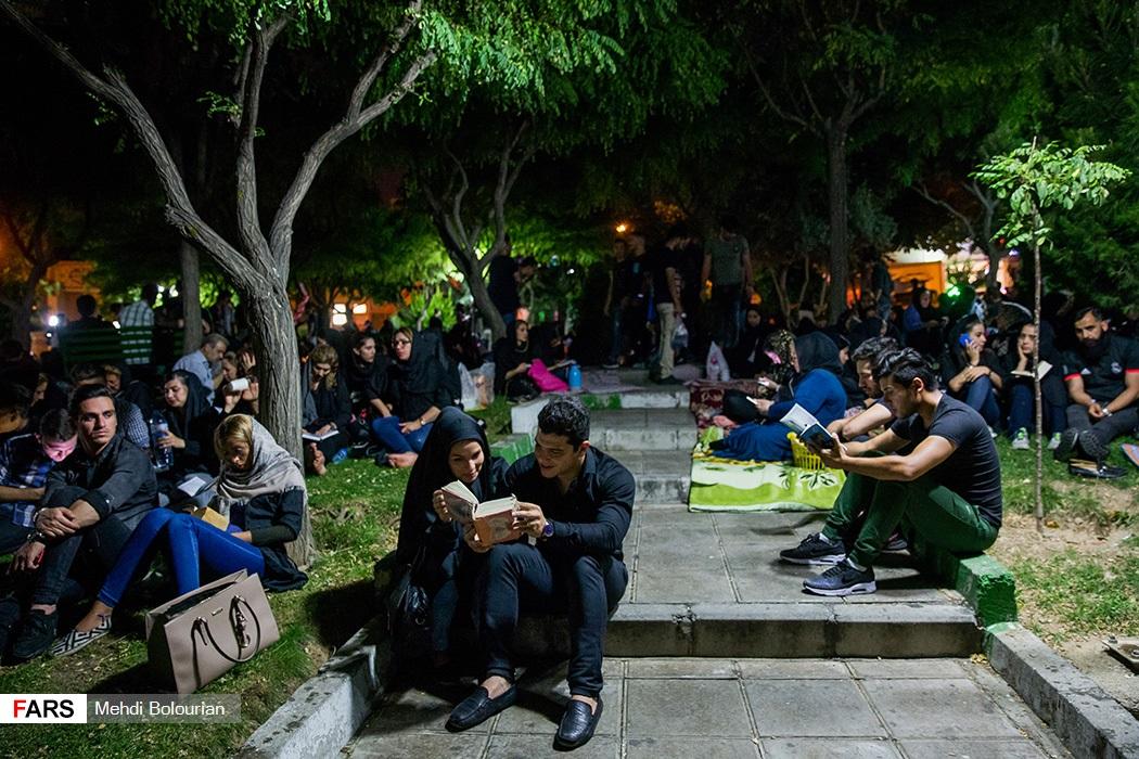 احیای شب بیست و سوم ماه رمضان در امامزاده سیدجعفرو حمیده خاتون