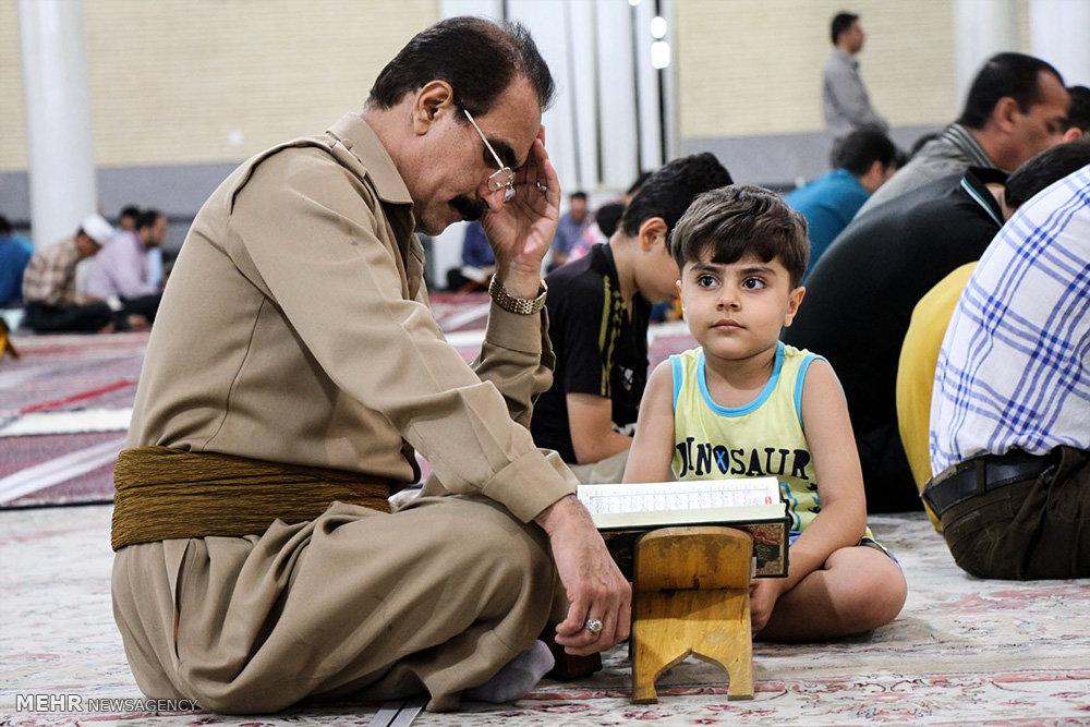 مراسم احیای شب بیست و سوم ماه رمضان در مسجد جامع قبا سنندج