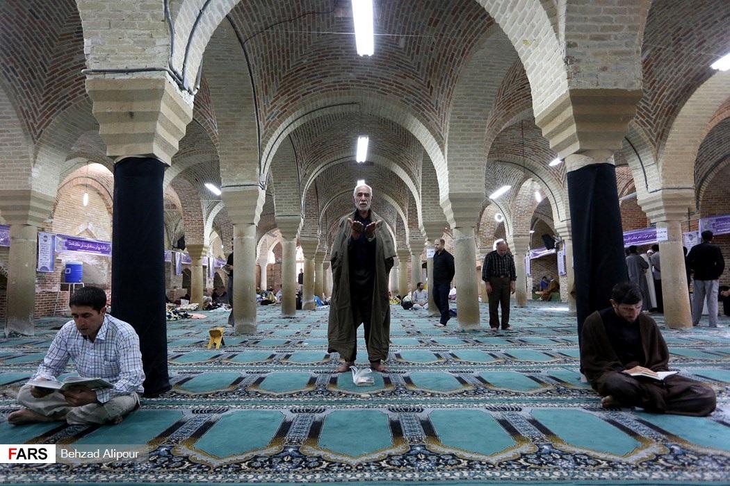 اعتکاف رمضانیه در همدان