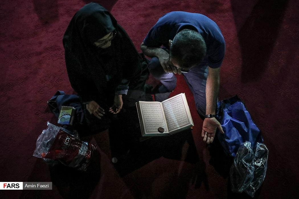 تصاویر احیای شب بیستویکم ماه مبارک رمضان در استانها -۲