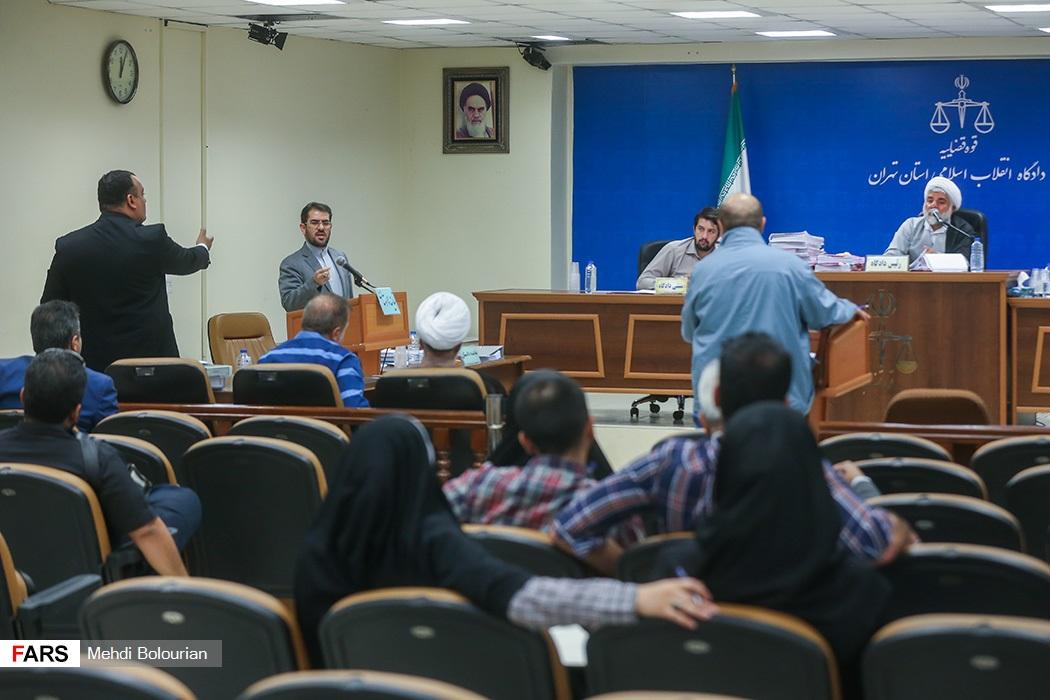 تصاویر اولین جلسه رسیدگی به اتهامات همدستان بابک زنجانی