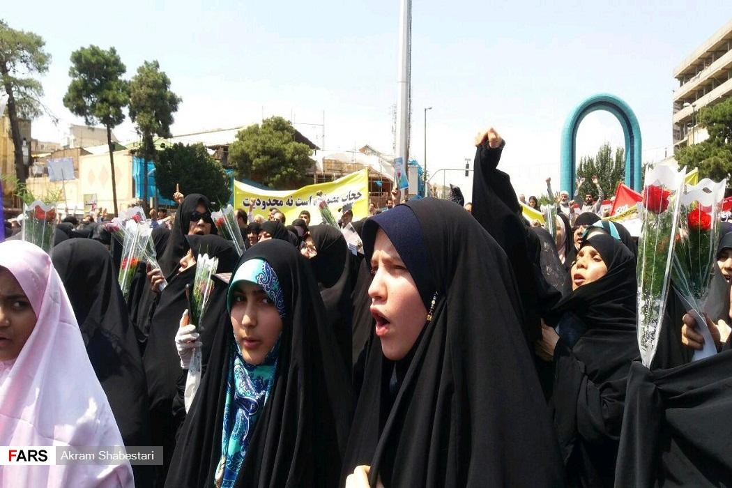 راهپیمایی مردم شهرری در دفاع از حریم عفاف و حجاب