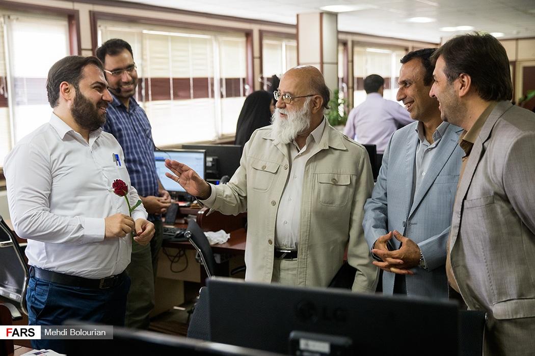 تصاویر حضور مهدی چمران در خبرگزاری فارس