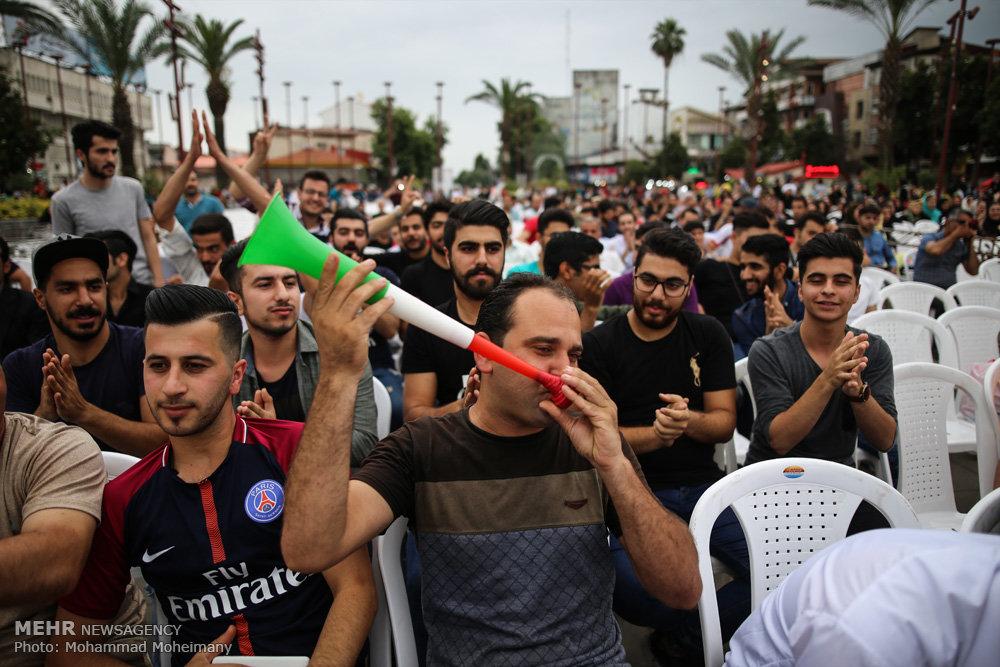 تصاویر شادی مردم رشت پس از پیروزی تیم ملی فوتبال ایران مقابل مراکش