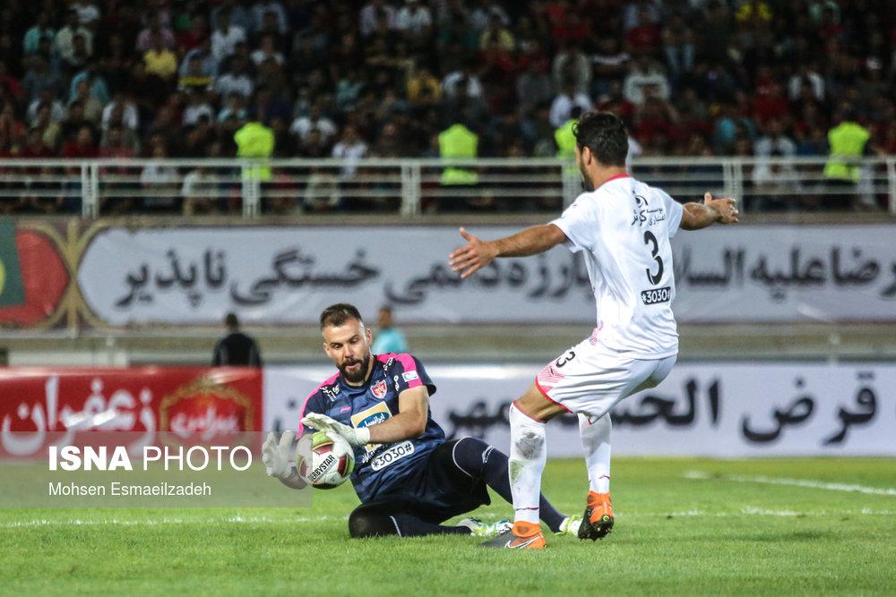دیدار تیمهای فوتبال پدیده مشهد و پرسپولیس تهران | هفته اول لیگ برتر/ تصاویر