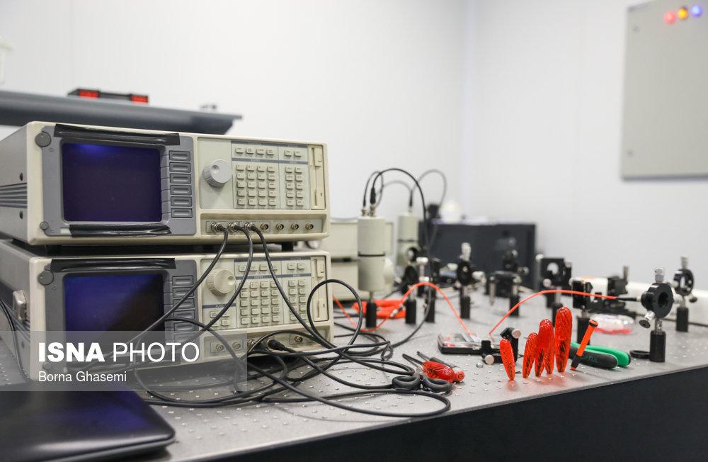 رونمایی از یک فناوری جدید در حوزه کوآنتوم در مرکز ملی علوم و فنون لیزر ایران/ تصاویر