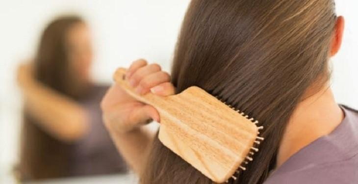 نکاتی برای روغن تراپی مو به روش صحیح قبل از حمام کردن