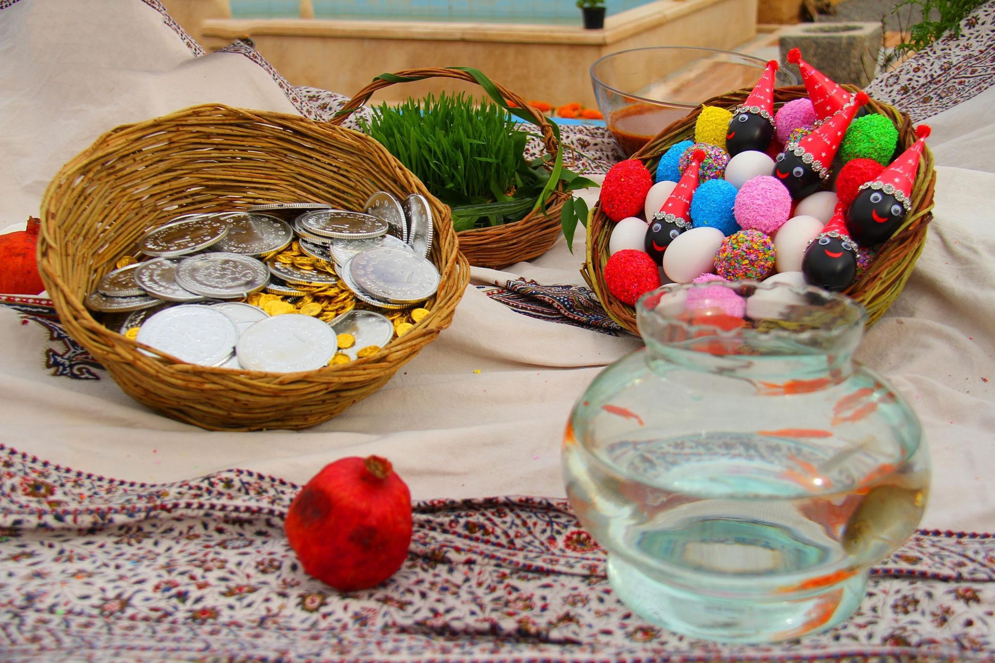تخم مرغ هفت سین - سکه و سبزه