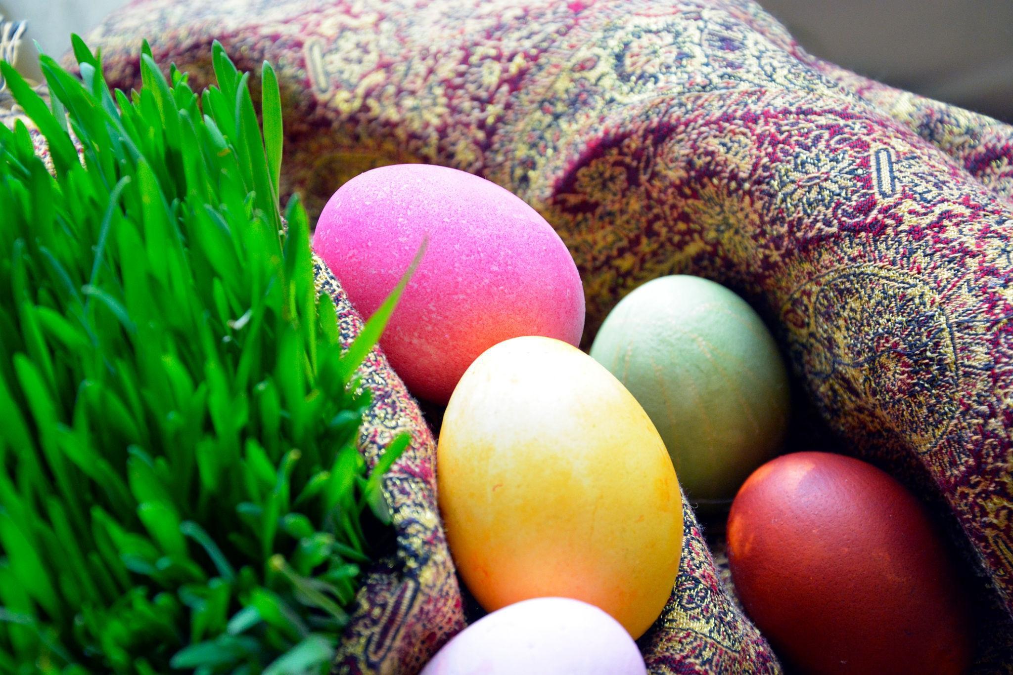 تخم مرغ و سبزه نوروز