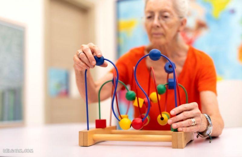 نشانه های آلزایمر در پیری