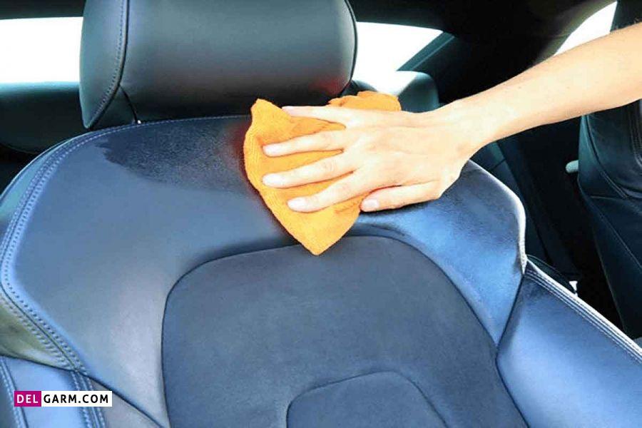 چگونه بوی شیر داخل ماشین را از بین ببریم؟