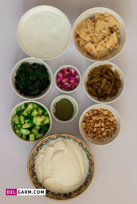 مواد لازم برای تهیه آب دوغ خیار (ماست و خیار)