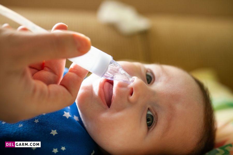 درمان گرفتگی بینی نوزاد