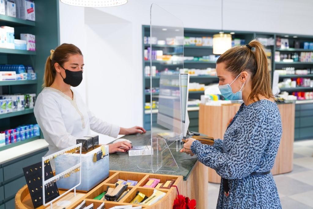 تفاوت داروهای ژنریک و تجاری | داروی ژنریک و برند
