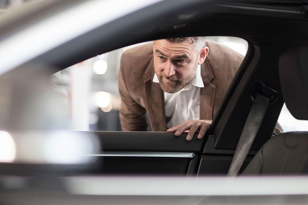کارشناسی خودرو دست اول و دوم و بررسی علت آن