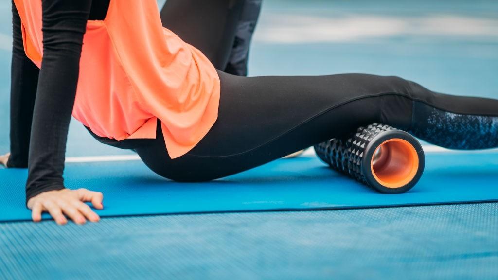 فواید استفاده از فوم رول های ورزشی