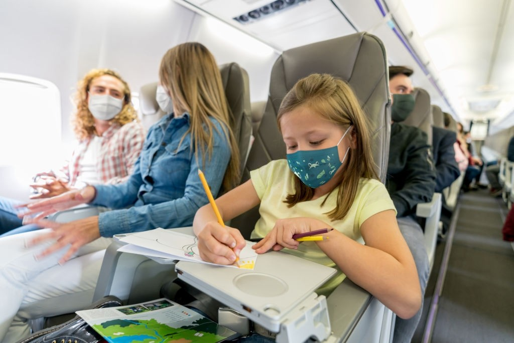ایمنی کودکان در هواپیما