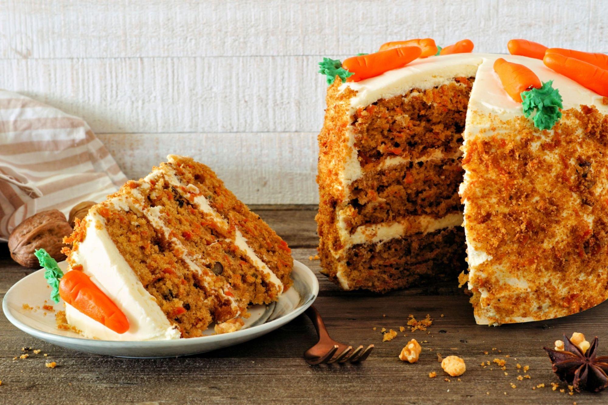 چگونه کیک هویج درست کنیم ؟