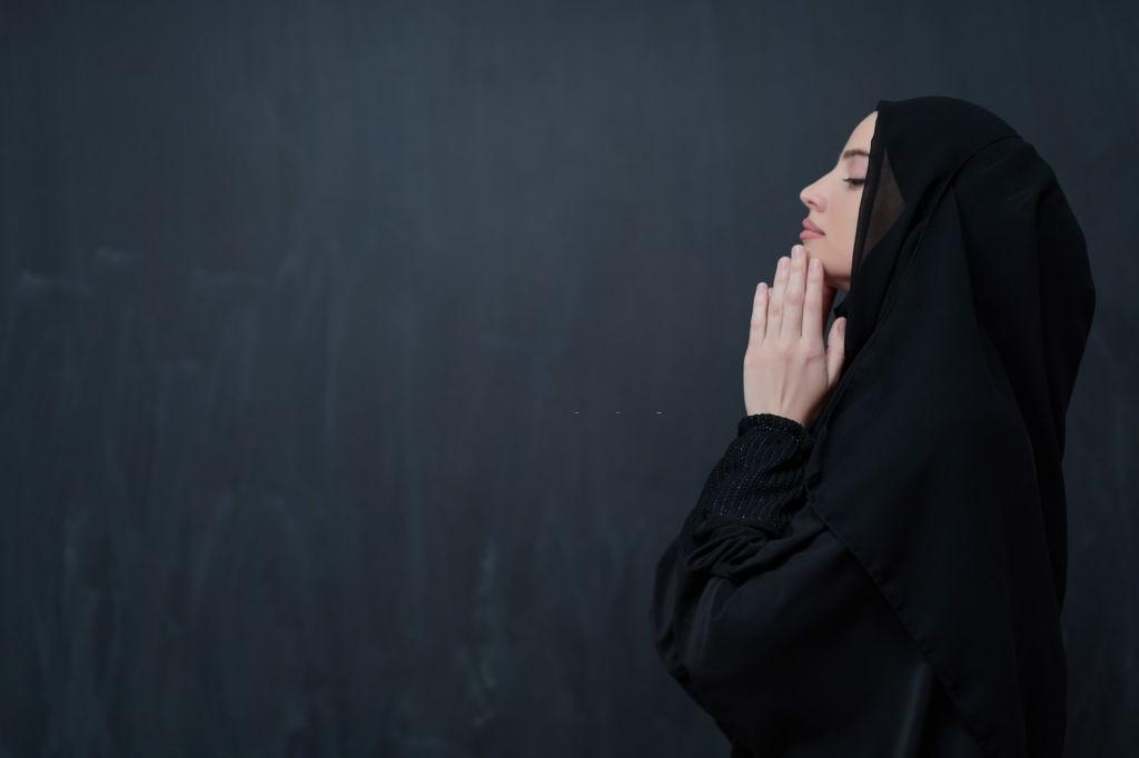 دعا برای جذب شخص - دعای مهر و محبت