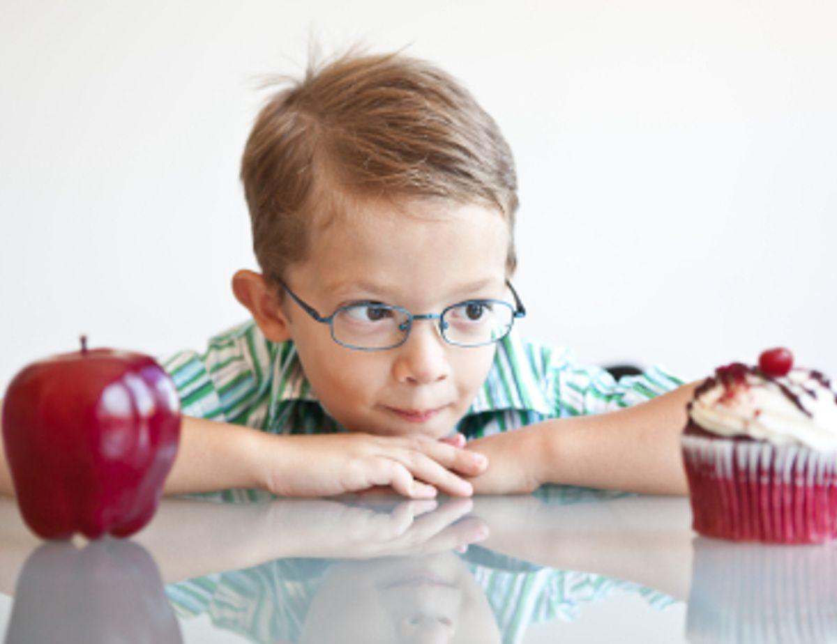 تغذیه کودکان بیش فعال چگونه باید باشد؟