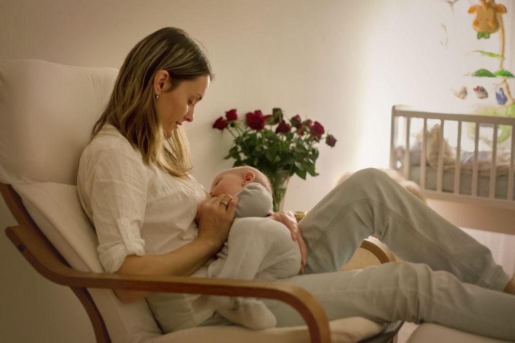 درمان ترک و زخم سینه در شیردهی