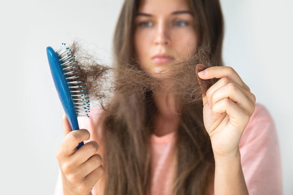 درمان ریزش مو مبتلایان به کرونا