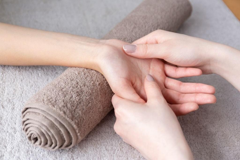 بازتاب درمانی دست