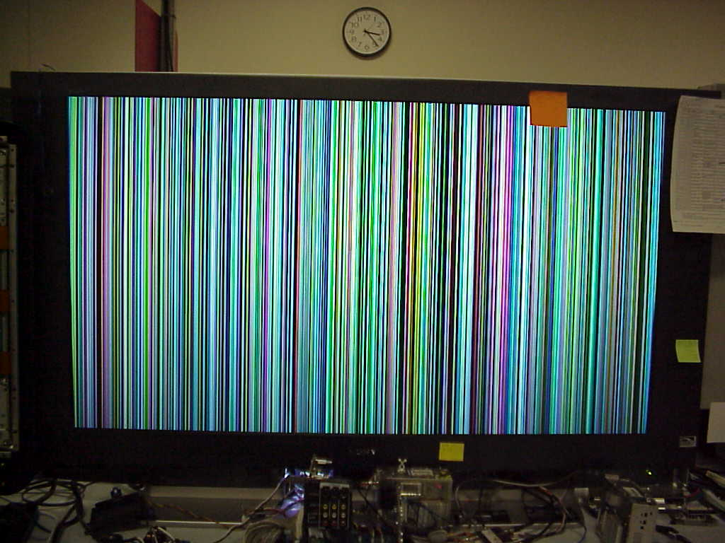 علت بهم ریختگی و قاطی شدن رنگ تلویزیون چیست؟