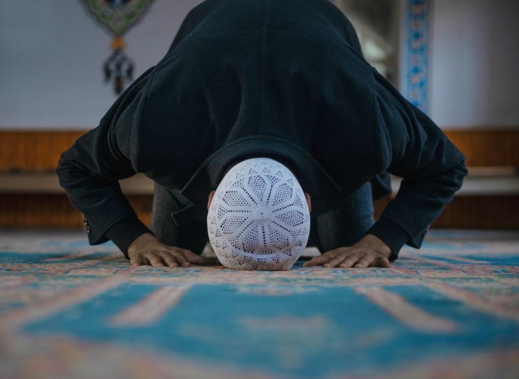 فواید خواندن نماز والدین