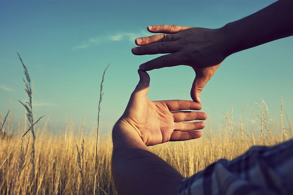 سوگیری پس نگری چیست و چه پیامدی دارد؟
