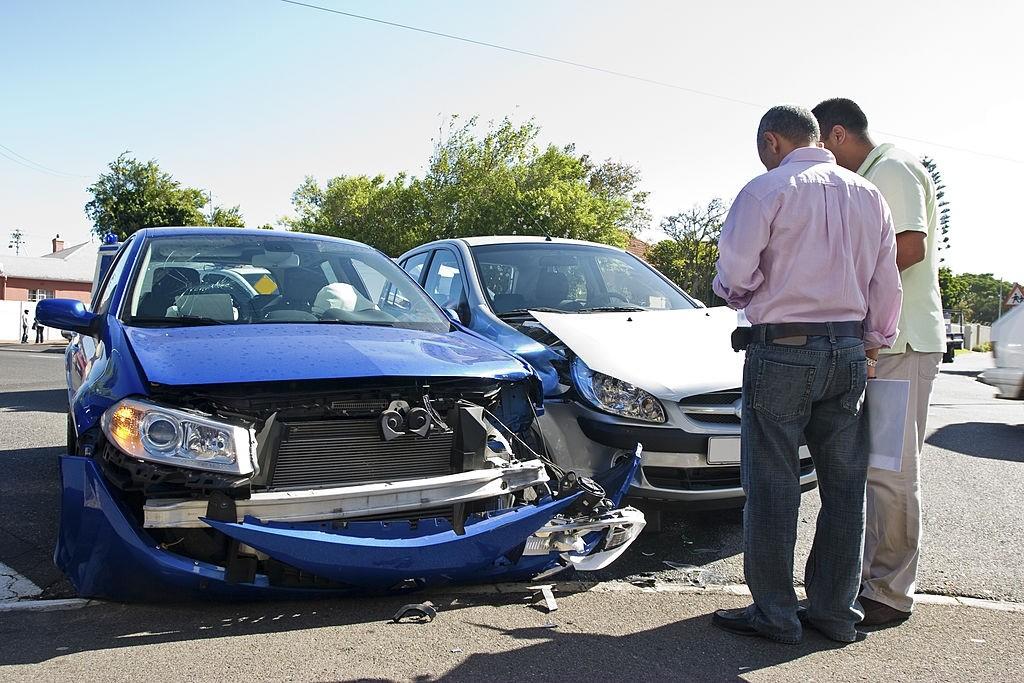 راهنمای شکایت از راننده مقصر و نکات مهم آن