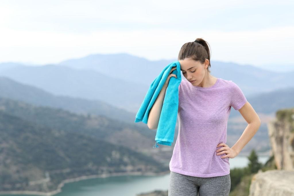 دلیل لرزش عضلات بدن
