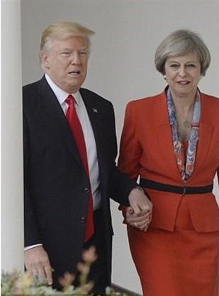ترامپ از پله میترسه ؟