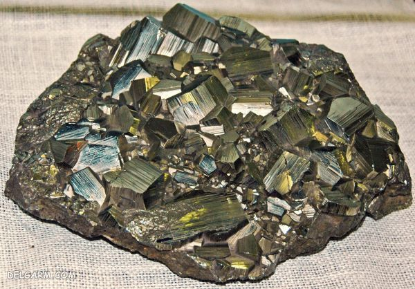 سنگ حدید  (هماتیت) چیست