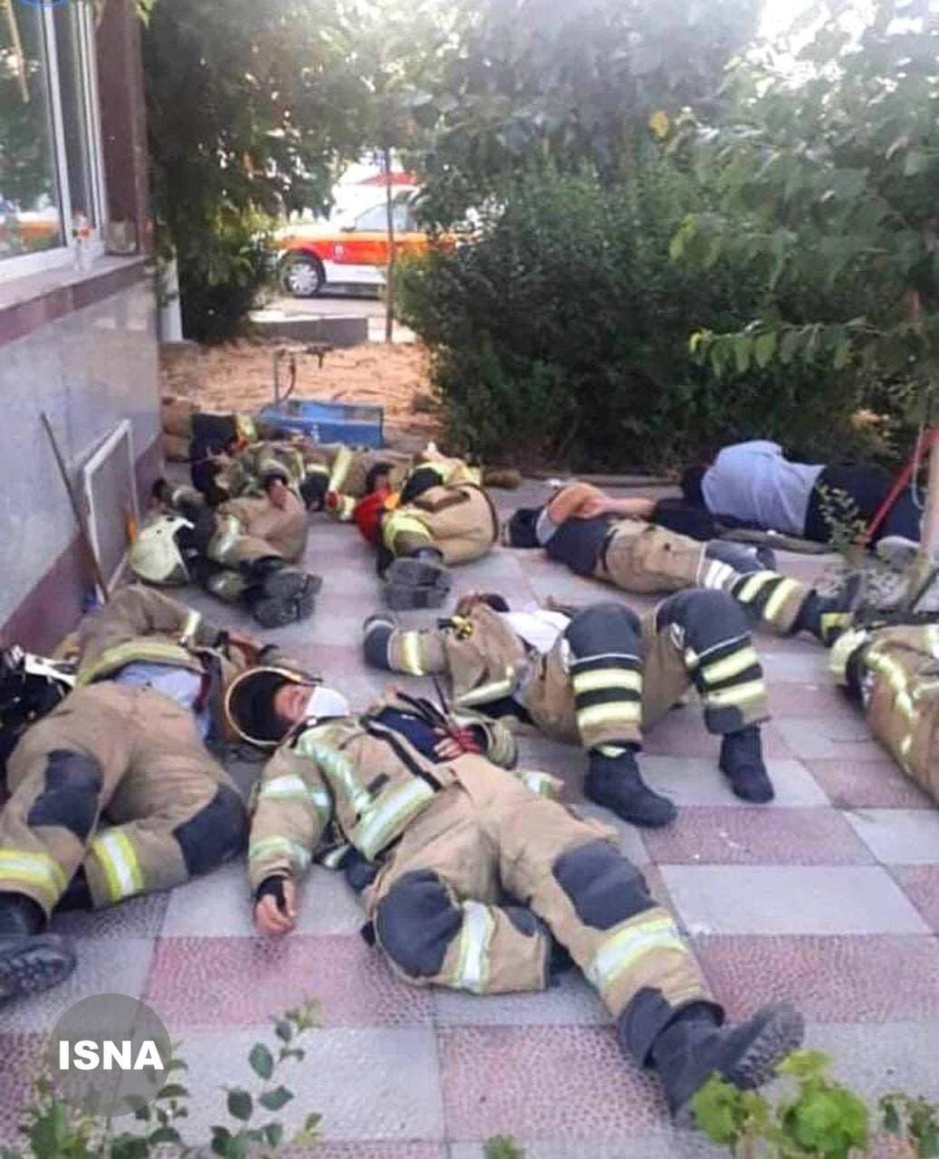 آتش نشانان پالایشگاه تندگویان