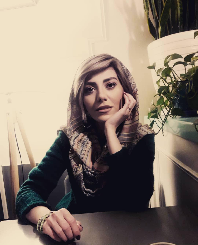 بیوگرافی بیاینا محمودی، زندگینامه بیاینا محمودی، عکس های بیاینا محمودی