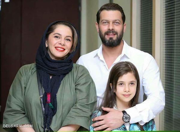 پژمان بازغی در کنار همسر و دخترش