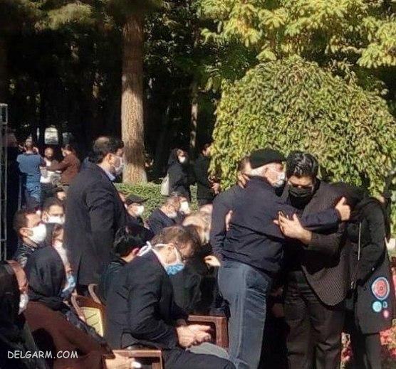 هنرمندان در روز خاکسپاری شجریان در مشهد