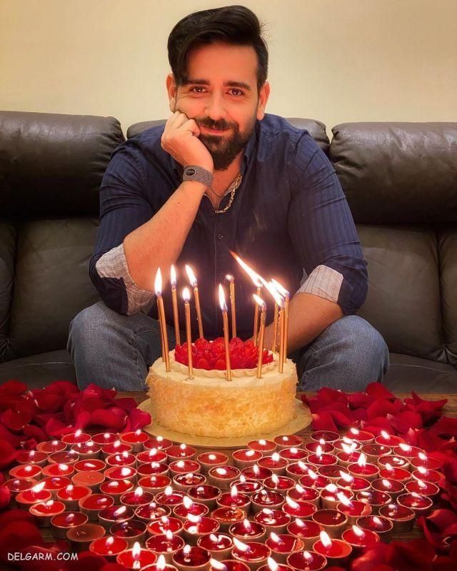 ظاهر متفاوت امیرحسین آرمان در جشن تولد 38 سالگیش !