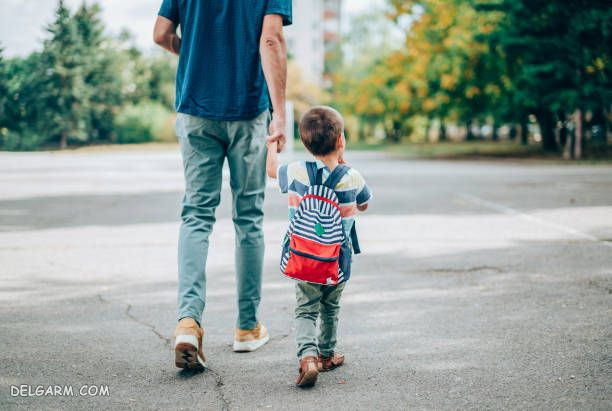 پدر در تربیت فرزندان چه نقشی دارد ؟