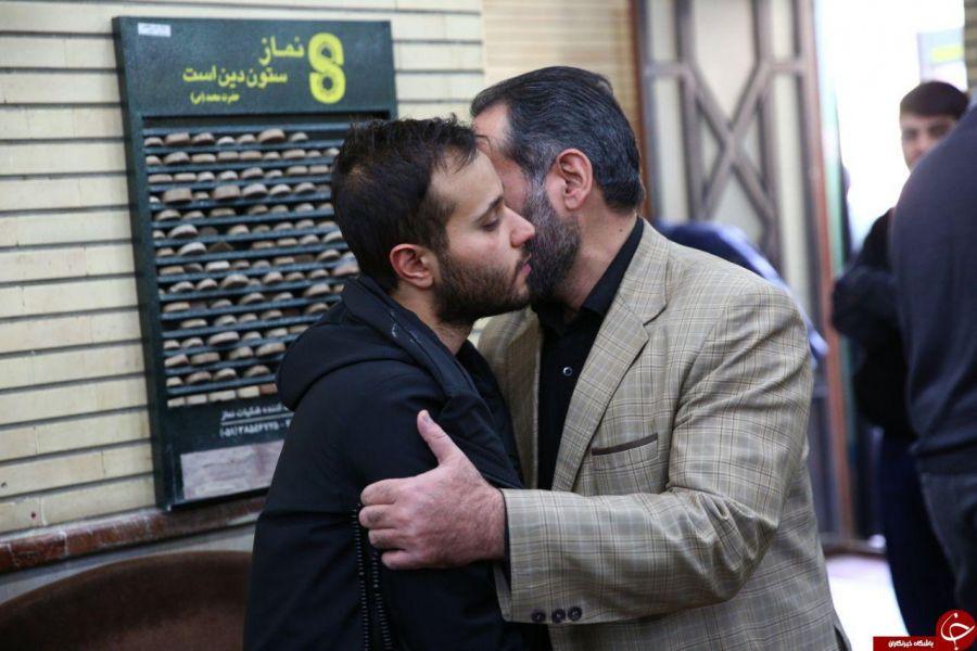 گریه های محمدرضا سلیمانی در فراق پدرش قاسم سلیمانی
